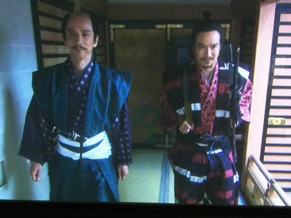 幸村「実家に帰られて頂きます」修理「ここはあなたの実家ではありがませんがね」