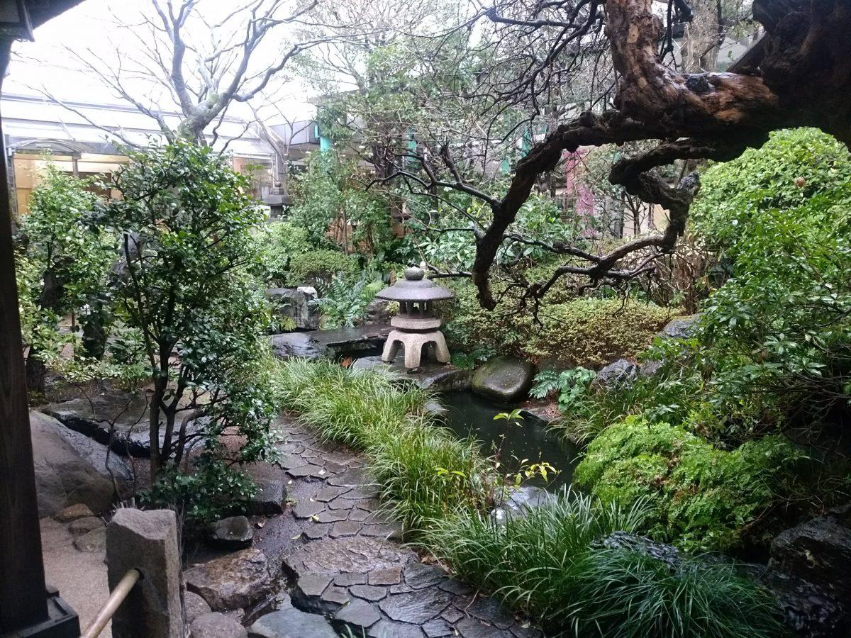 鴎外荘中庭
