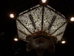 西本願寺 御影堂内の灯篭