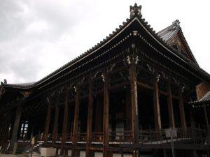 西本願寺 御影堂門 渡廊下